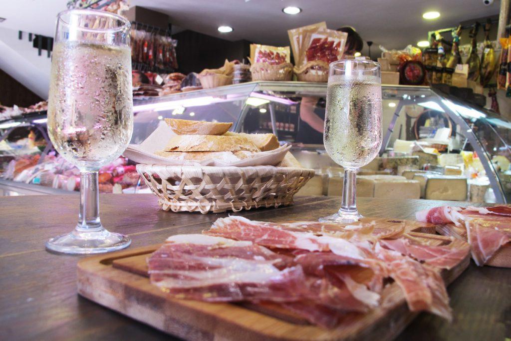 Málaga Tapas Tour: Jamon tasting